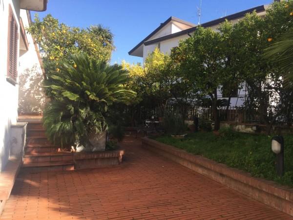 Villa in vendita a San Sebastiano al Vesuvio, Con giardino, 200 mq