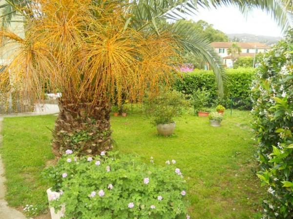 Villa in vendita a Rapallo, S.anna, Con giardino, 180 mq