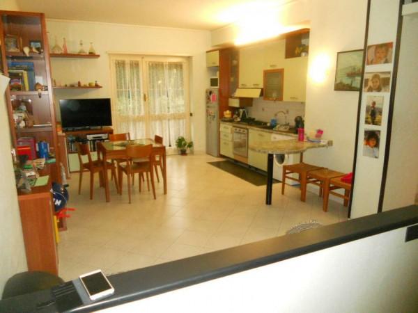 Appartamento in vendita a Rapallo, Golf, Con giardino, 72 mq