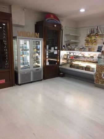 Locale Commerciale  in vendita a Torino, Arredato, 300 mq - Foto 16