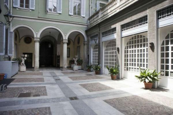 Appartamento in affitto a Milano, Via Donizetti, Con giardino, 240 mq