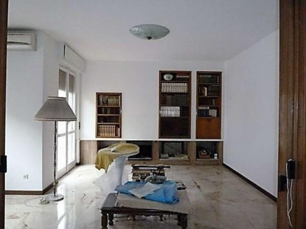 Appartamento in vendita a Milano, Porta Romana, 170 mq