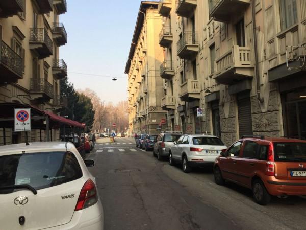 Locale Commerciale  in vendita a Torino, Arredato, 70 mq - Foto 3