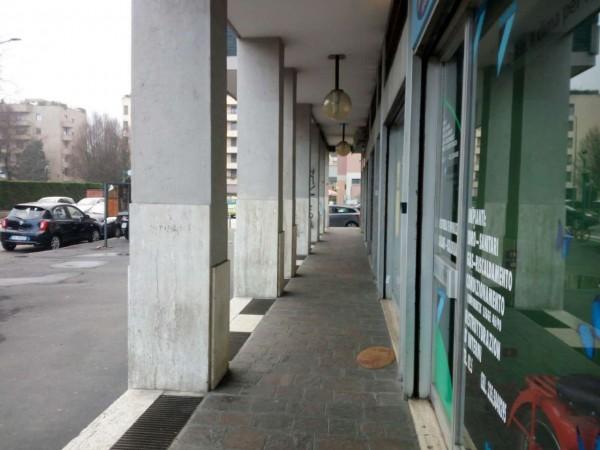 Negozio in vendita a Milano, 80 mq - Foto 2