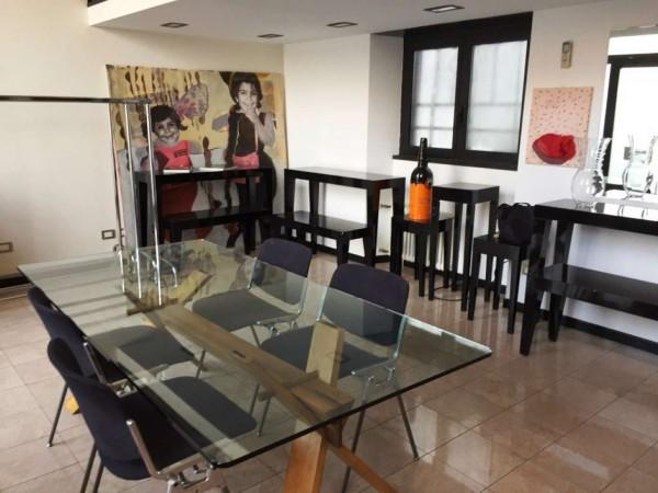 Appartamento in vendita a Milano, Indipendenza, 90 mq