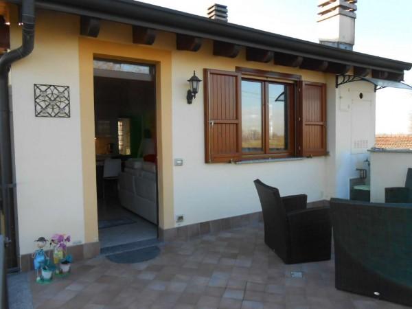 Appartamento in vendita a Montodine, Residenziale, Con giardino, 97 mq