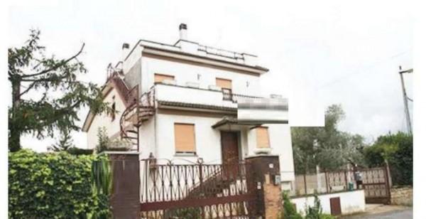 Appartamento in vendita a Albano Laziale, 156 mq