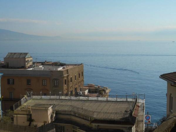 Appartamento in affitto a Napoli, Arredato, 140 mq