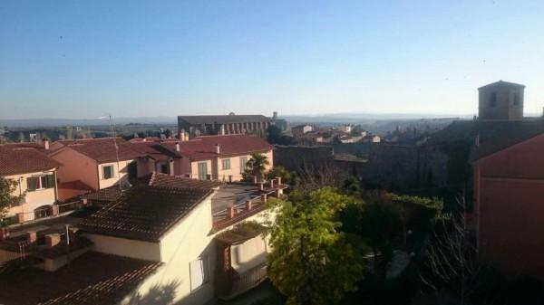Casa indipendente in vendita a Tuscania, 150 mq
