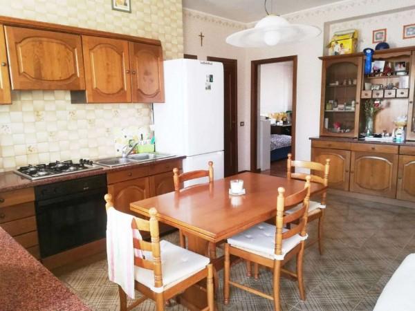 Appartamento in vendita a Milano, Con giardino, 60 mq