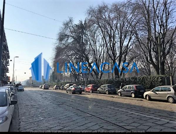 Appartamento in vendita a Milano, Piazza Abbiategrasso, Con giardino, 55 mq