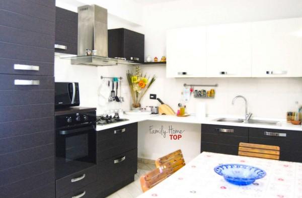 Appartamento in vendita a Campi Bisenzio, La Madonnina, Con giardino, 71 mq