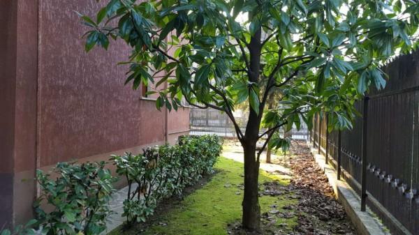 Appartamento in vendita a Desio, Zona Parco / Confine Muggio', Con giardino, 70 mq - Foto 3
