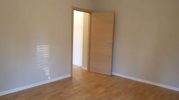 Appartamento in vendita a Desio, Zona Parco / Confine Muggio', Con giardino, 70 mq - Foto 10