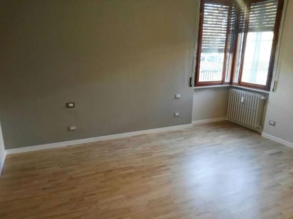 Appartamento in vendita a Desio, Zona Parco / Confine Muggio', Con giardino, 70 mq - Foto 11
