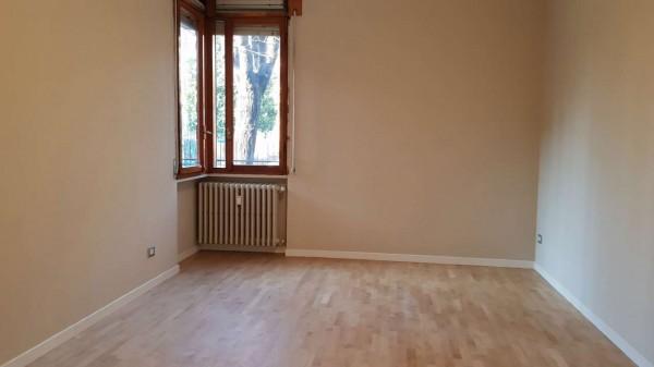 Appartamento in vendita a Desio, Zona Parco / Confine Muggio', Con giardino, 70 mq - Foto 19