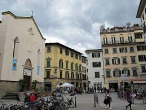 Locale Commerciale  in vendita a Firenze, S.ambrogio, 78 mq