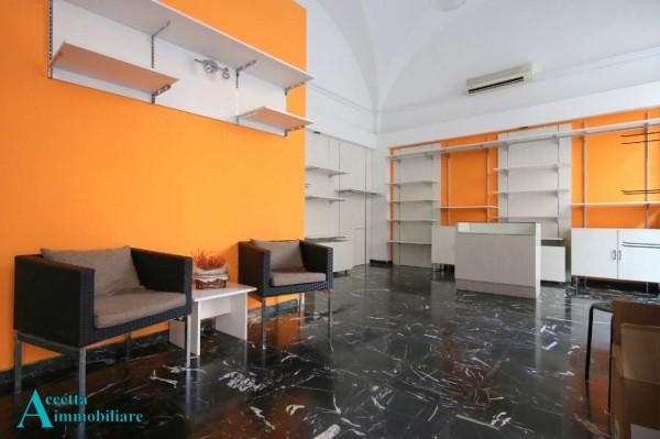 Negozio in affitto a Taranto, Centrale, 65 mq - Foto 5