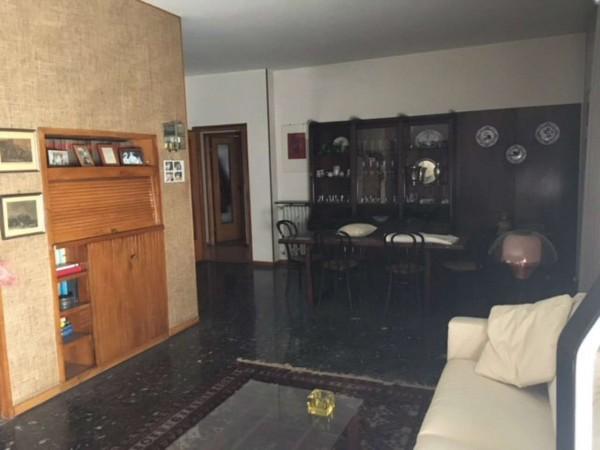 Appartamento in vendita a Alessandria, Piazza Genova, 130 mq
