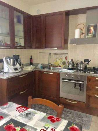 Appartamento in vendita a Caronno Pertusella, 112 mq - Foto 1