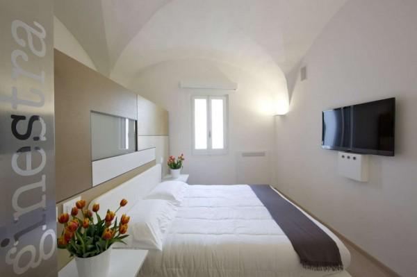 Appartamento in vendita a Lecce, Centro Storico Santa Croce, Arredato, 220 mq