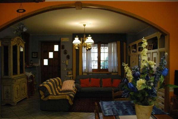 Villetta a schiera in vendita a Vinovo, Semicentrale, Con giardino, 150 mq