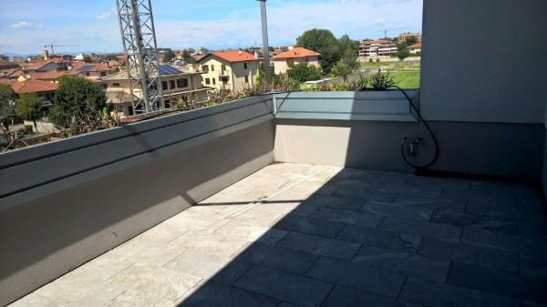 Appartamento in affitto a Magenta, Residenziale, Con giardino, 150 mq