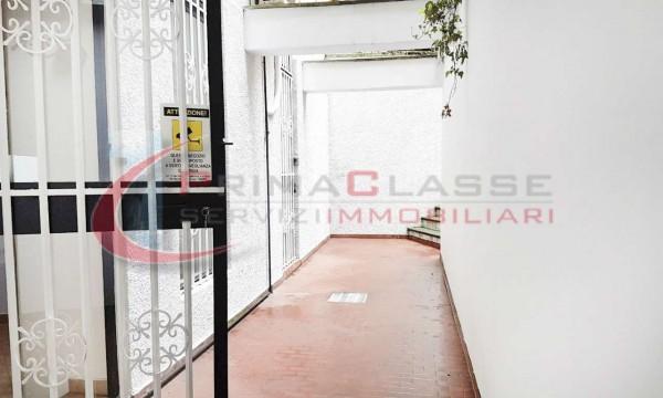 Locale Commerciale  in affitto a Milano, Lima, 80 mq - Foto 5