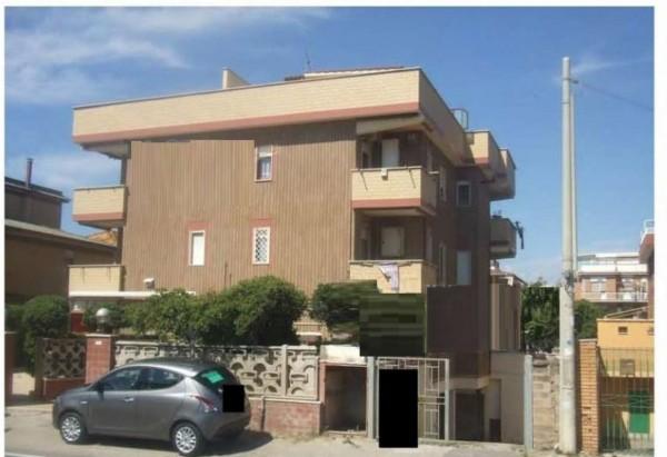 Appartamento in vendita a Pomezia, 37 mq