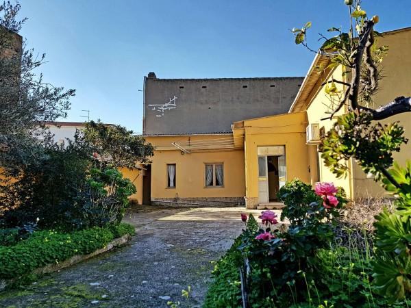 Casa indipendente in vendita a Dolianova, Bingia Beccia, Con giardino, 133 mq