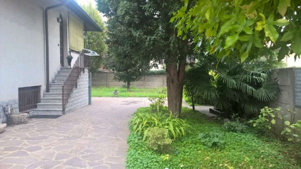 Villa in affitto a Bareggio, Residenziale, Con giardino, 250 mq - Foto 2