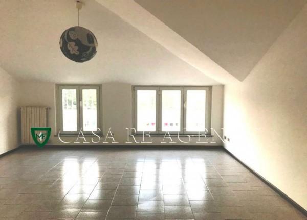 Appartamento in vendita a Varese, Viale Aguggiari, Con giardino, 90 mq - Foto 2