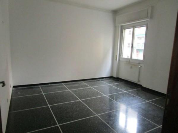 Appartamento in vendita a Genova, Sampierdarena, 55 mq