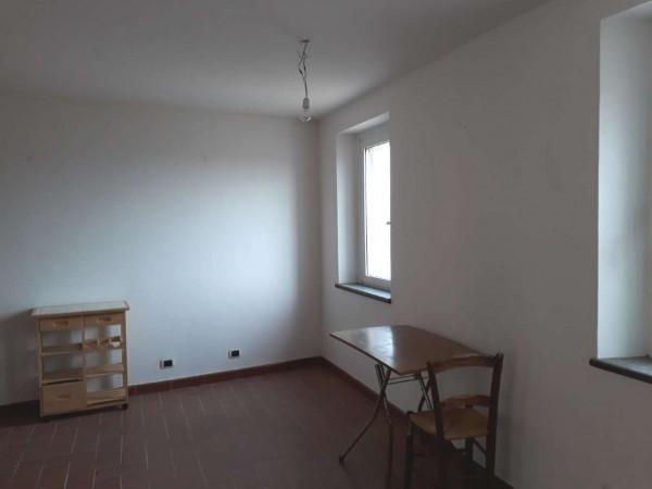Casa indipendente in vendita a Tuscania, Arredato, 50 mq - Foto 2