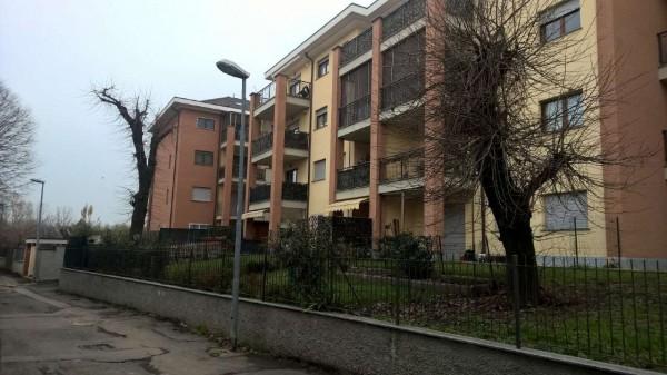 Appartamento in affitto a Sedriano, Semi Centrale, Arredato, con giardino, 60 mq