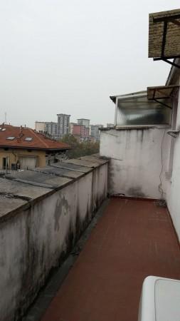 Appartamento in vendita a Torino, Aurora, 30 mq