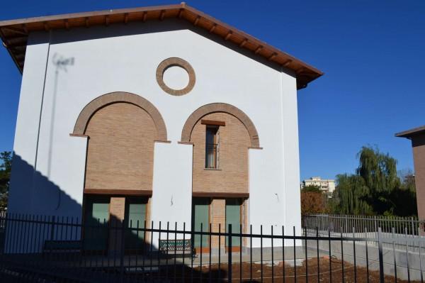 Casa indipendente in vendita a Viterbo, Con giardino, 78 mq