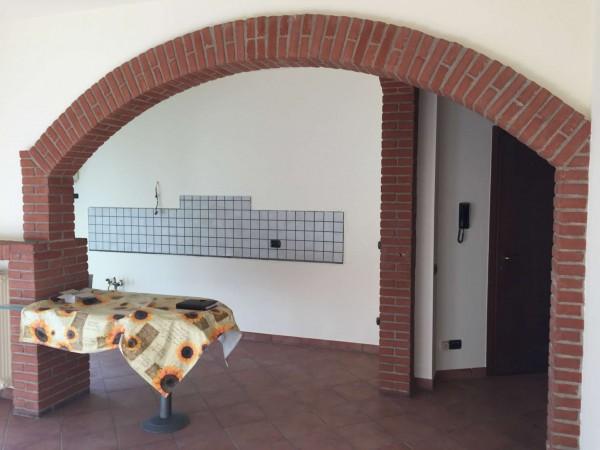 Appartamento in vendita a Cittiglio, Con giardino, 79 mq