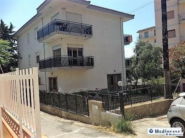 Appartamento in vendita a Agropoli, Centro, Con giardino, 60 mq