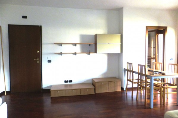 Appartamento in affitto a Fiumicino, Pleiadi, Arredato, con giardino, 55 mq