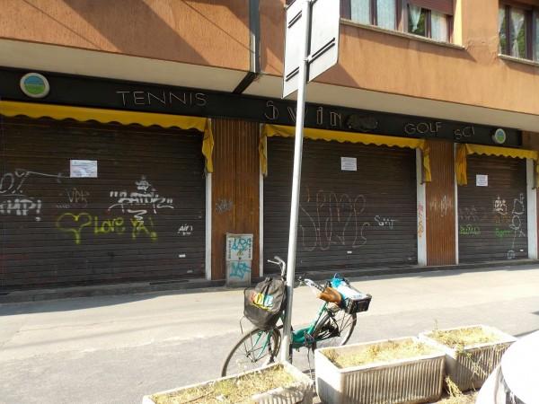 Negozio in vendita a Milano, 180 mq
