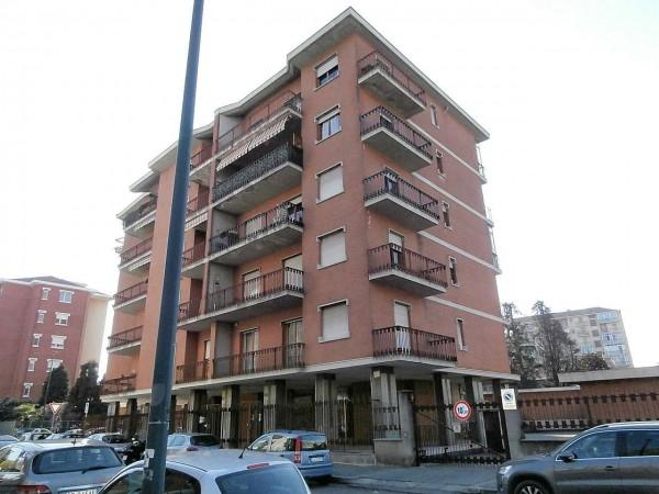 Appartamento in vendita a Torino, 52 mq