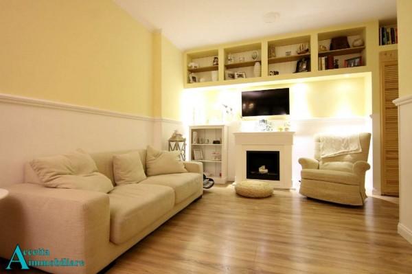 Appartamento in vendita a Taranto, Residenziale, Con giardino, 78 mq