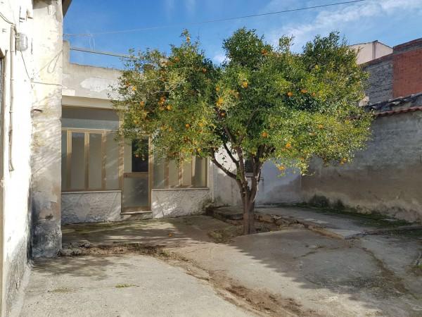 Casa indipendente in vendita a Dolianova, Con giardino, 114 mq - Foto 1