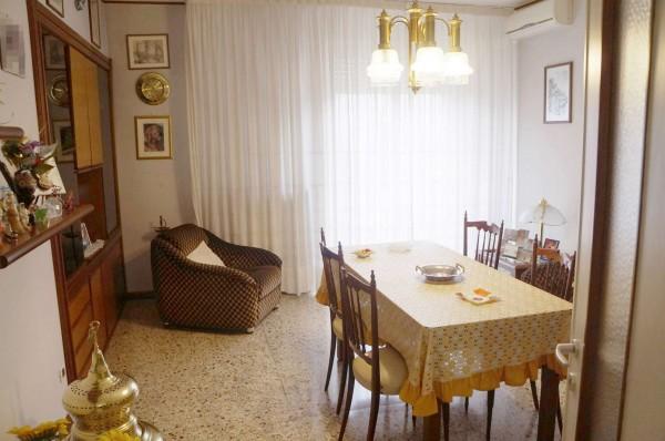 Appartamento in vendita a Milano, Bisceglie, Con giardino, 120 mq
