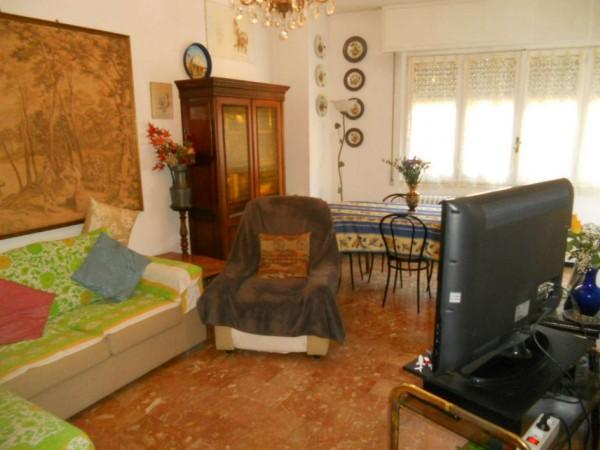 Appartamento in vendita a Rapallo, Centro Città, 85 mq
