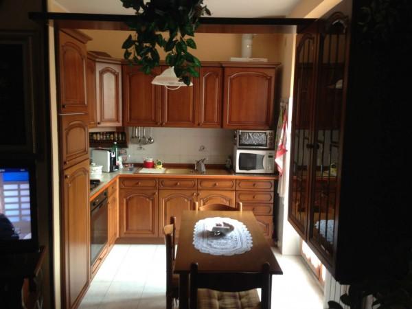 Appartamento in vendita a Gallarate, Viale Dei Tigli, 130 mq