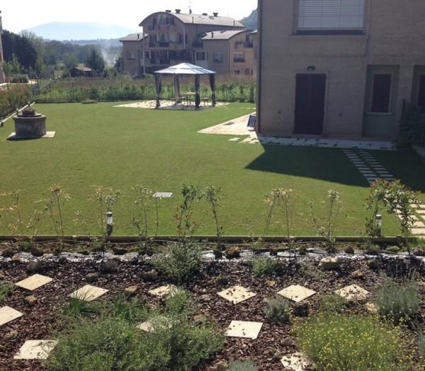 Appartamento in vendita a Perugia, Villa Opitignano, Con giardino, 85 mq