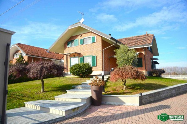Villa in vendita a Leinì, Pratonuovo, Con giardino, 450 mq - Foto 1