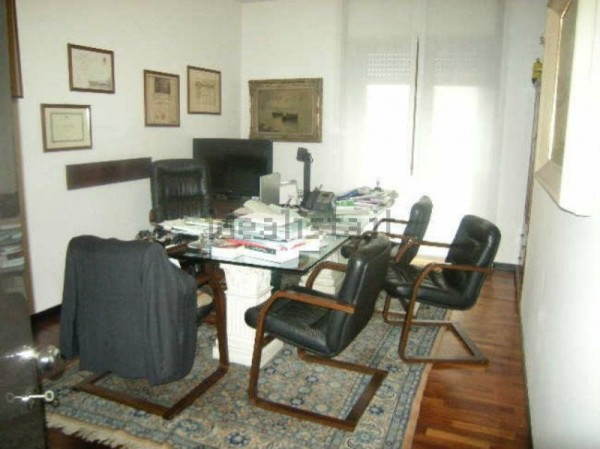 Appartamento in vendita a Milano, Buenos Aires Loreto, 120 mq